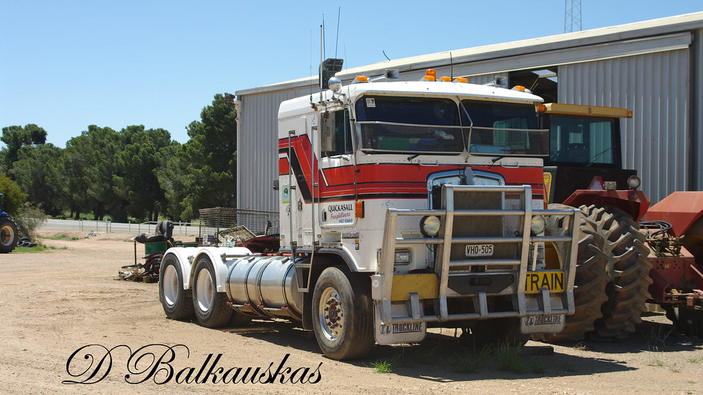Cabover Trucks For Sale >> Kenworth K100E | Nice looking K100E spotted out the back ...