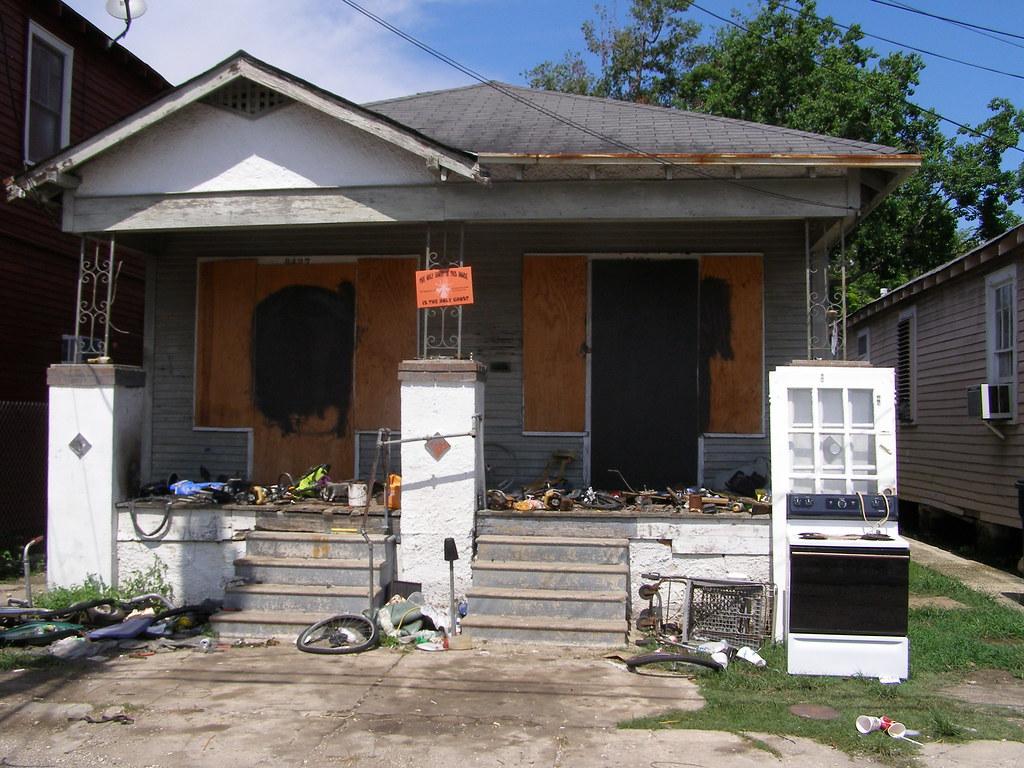 Mr Russells Crack House Karen Apricot Flickr