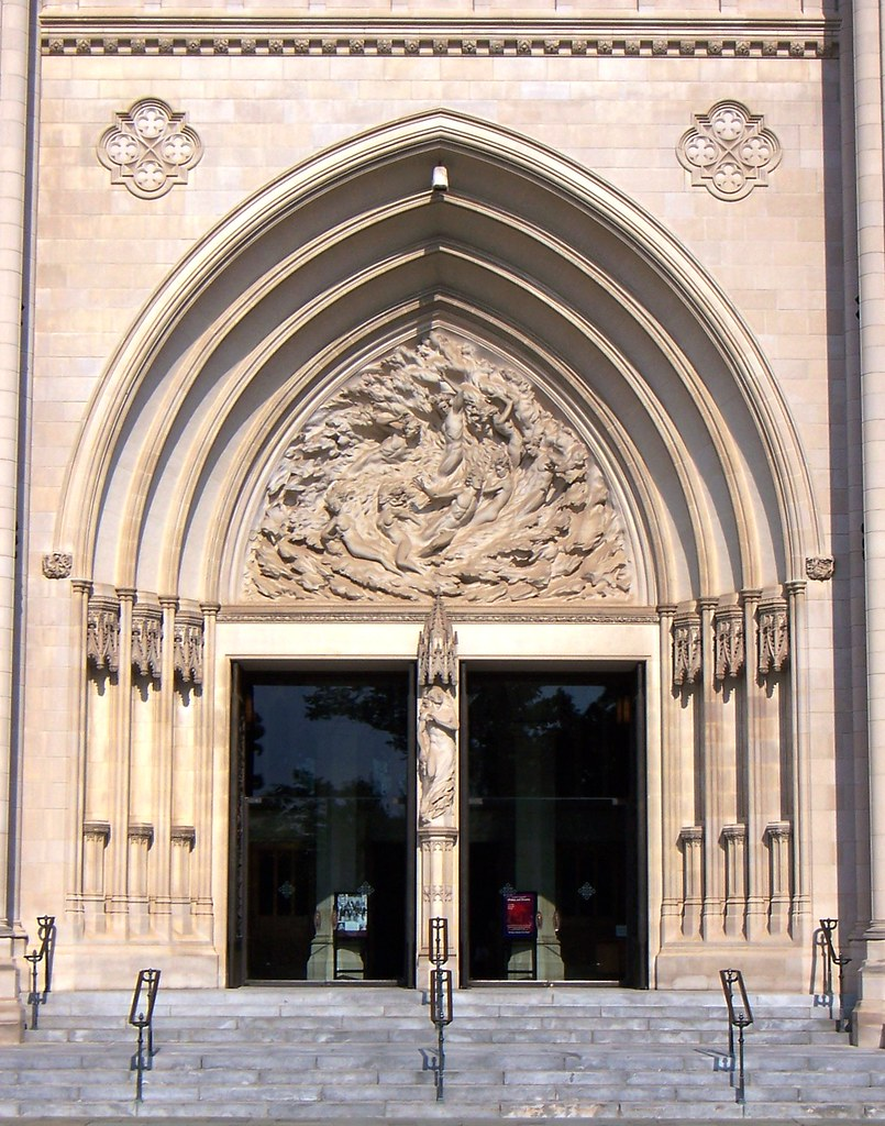 & Washington DC National Cathedral center front doors | Flickr