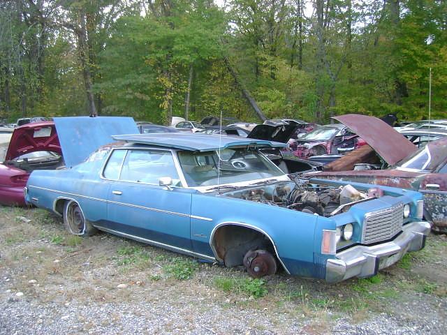1975       Chrysler       Newport    Custom   B   B Auto Parts  Upper