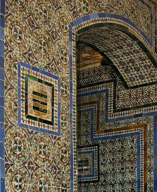 Pared con azulejos casa de pilatos sevilla a gonz lez for Casa de azulejos