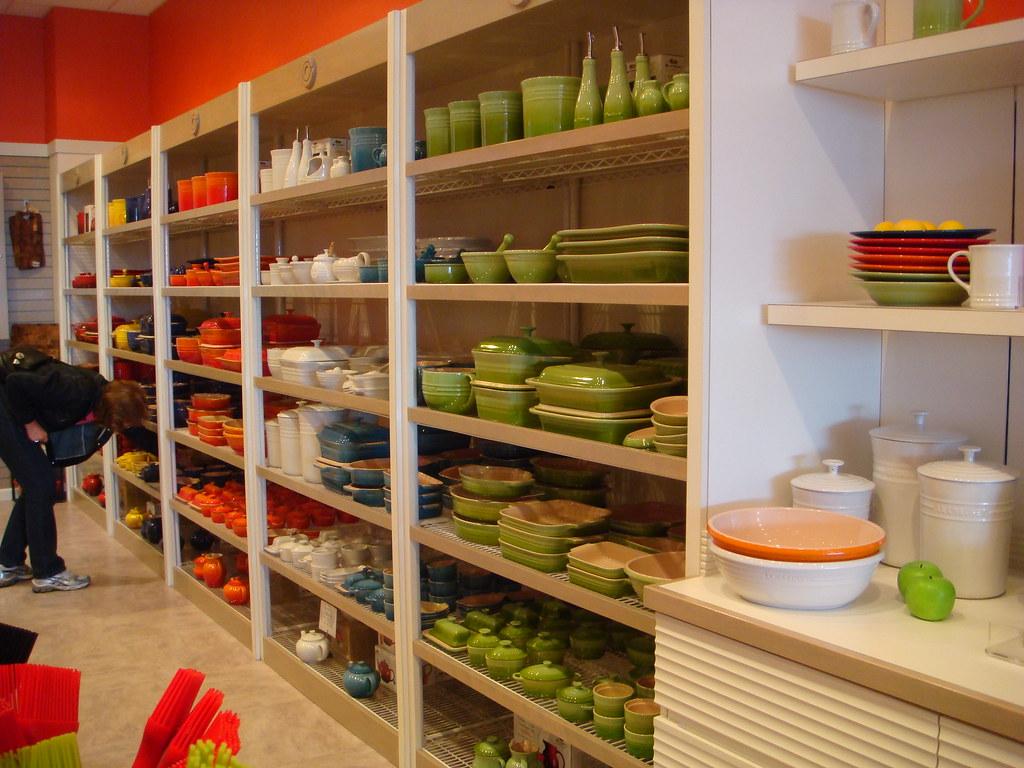 le creuset outlet minnesota the stoneware products i. Black Bedroom Furniture Sets. Home Design Ideas