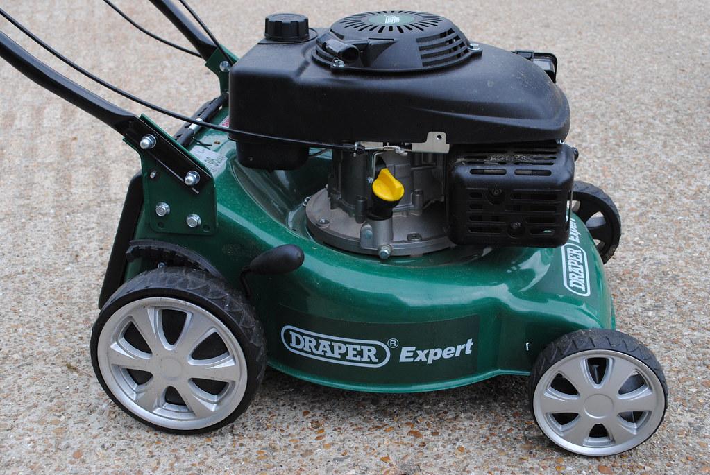 Robotic Lawn Mowers Lawnbott Robot Mower - RobotShop