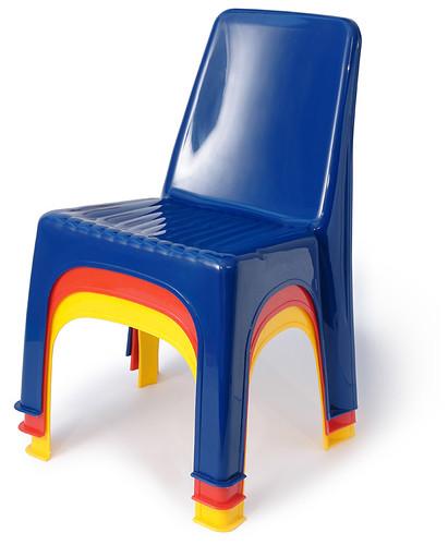 Children 39 s monoblock chairs 2005 by galessa 39 s plastics for Kids plastic chairs