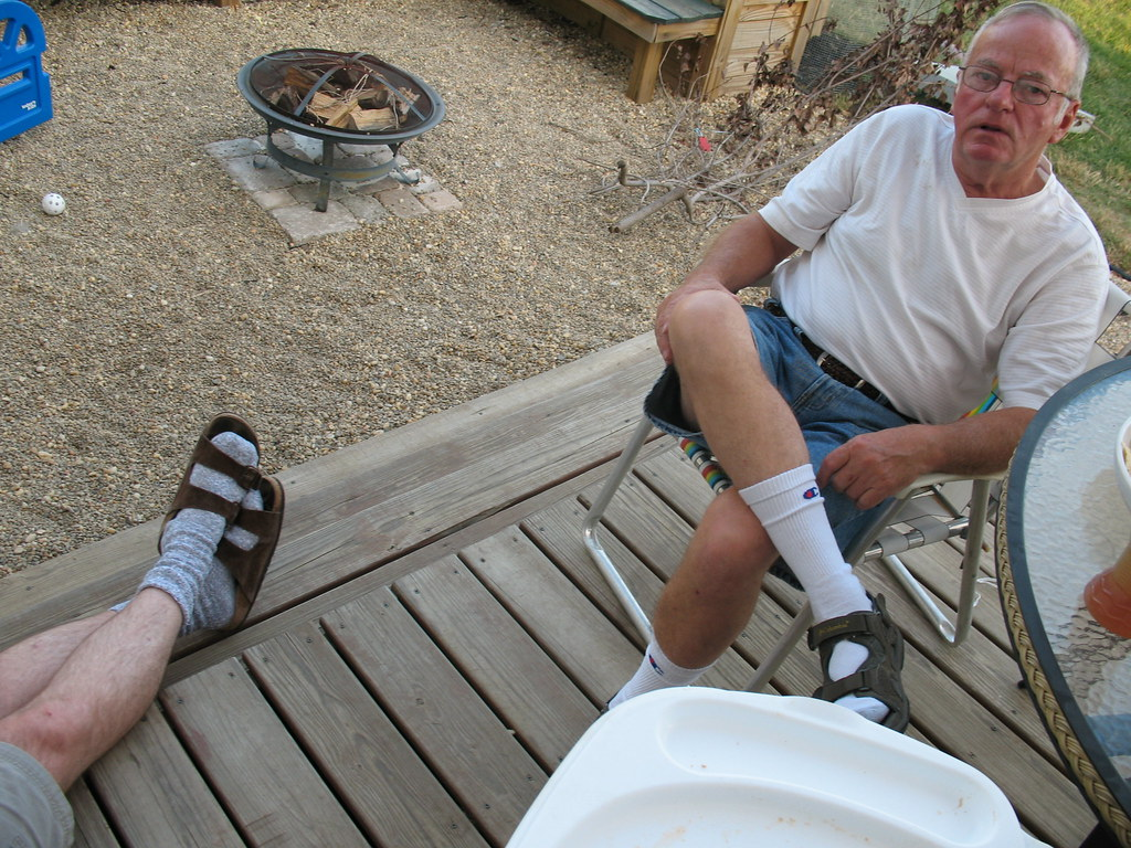 White Socks With White Canvas Shoes Pics