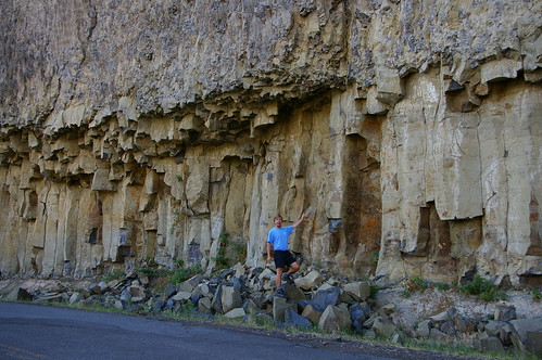 Me pointing out the columnar basalt. | by b.centley