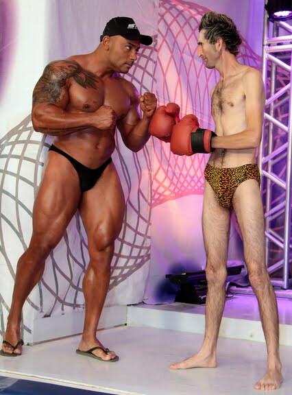 muscle comparison | Big bodybuilder vs skinny guy | muscle