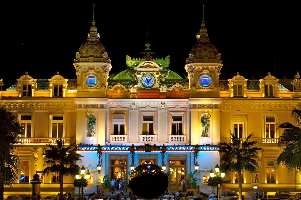 why is monte carlo casino famous