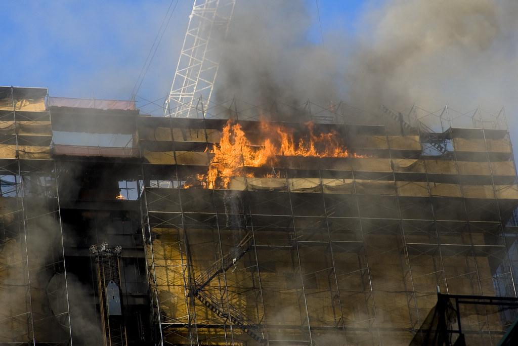 deutsche bank fire closeup burning scaffolding falls to. Black Bedroom Furniture Sets. Home Design Ideas