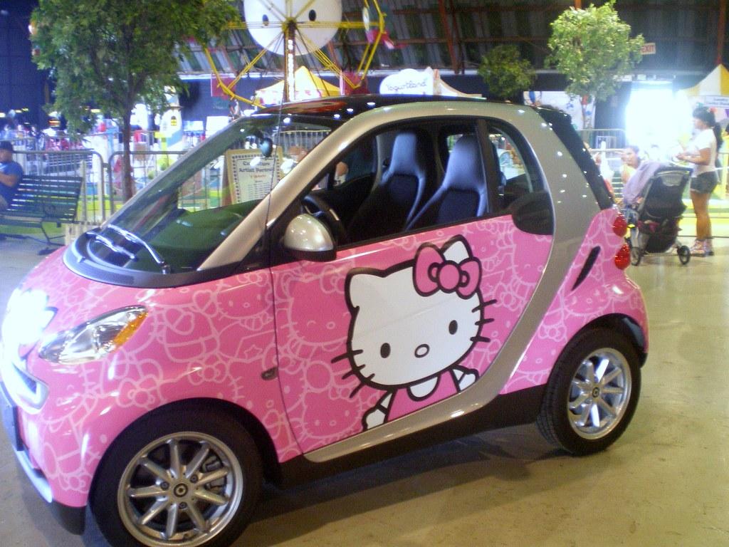 smart car pink visceralresponse2010 flickr. Black Bedroom Furniture Sets. Home Design Ideas