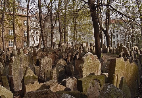 Old Jewish Cemetery in Prague | by left-hand