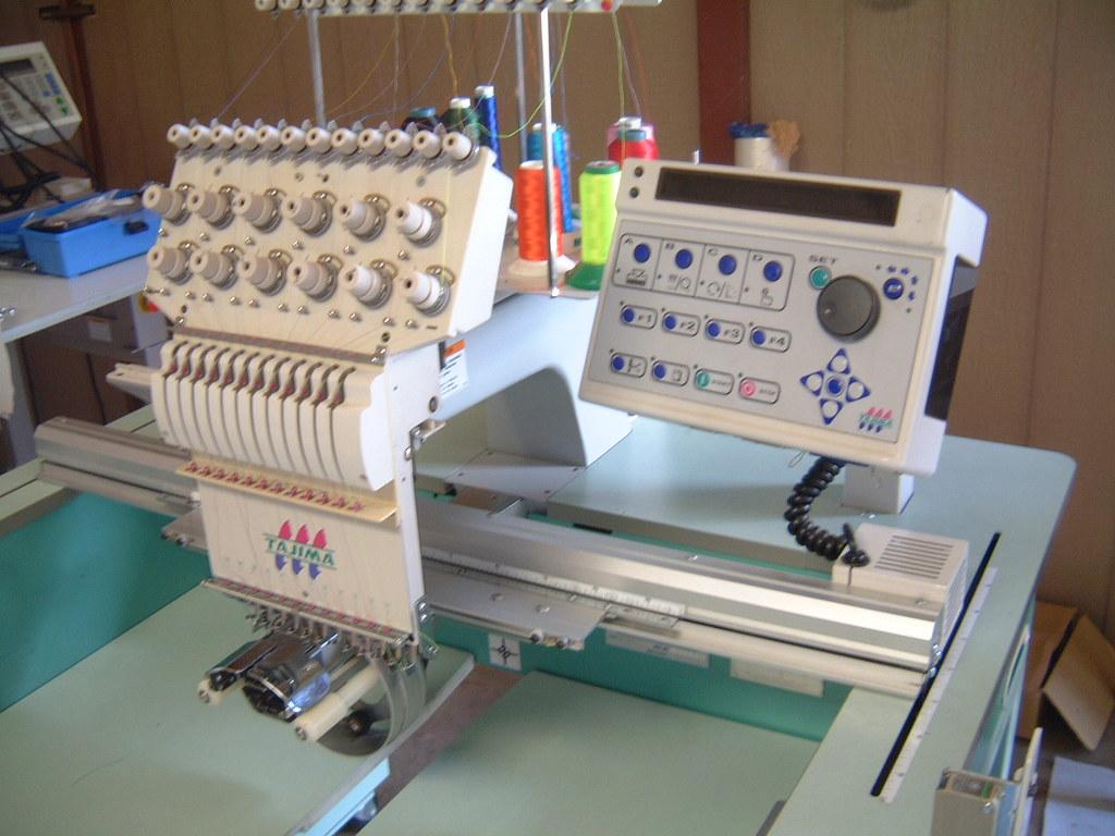 6500 embroidery machine