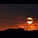 日落像中秋月圓