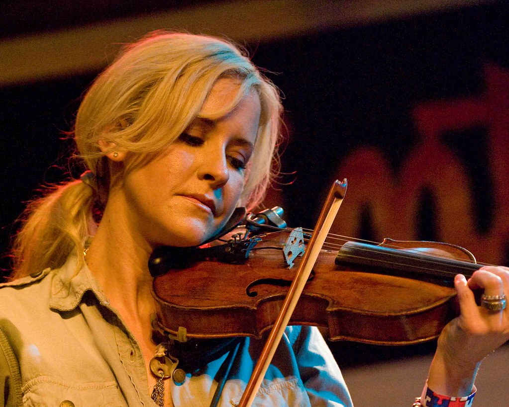 Martie Maguire Martie Maguire of the Court Yard Hounds Dixie Chicks fame