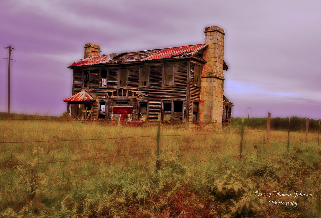 Old House on Gravel Road at Night   Old abandoned house on ...