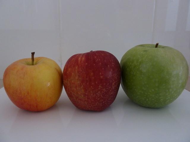 manzana amarilla roja verde - apple