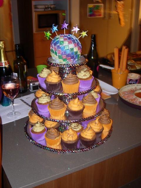 Disco Ball Cake Amp Cupcakes Chocolate Amp Rum Disco Cake