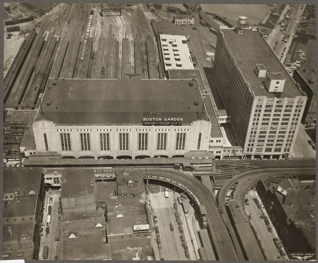 Boston Gardens North Station From 800 Feet File Name 08 Flickr