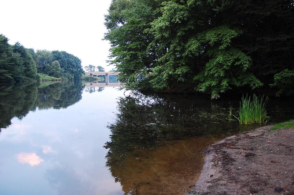 Lake wilhelm reflections shot 1 pgh shutter flickr for Lake wilhelm fishing