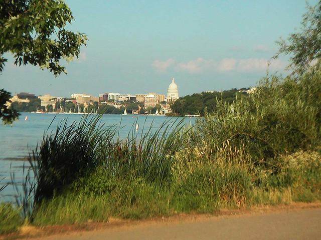 Lake Mendota And State Capitol From >> Lake Mendota and the Wisconsin State Capitol from the Howa…   Flickr