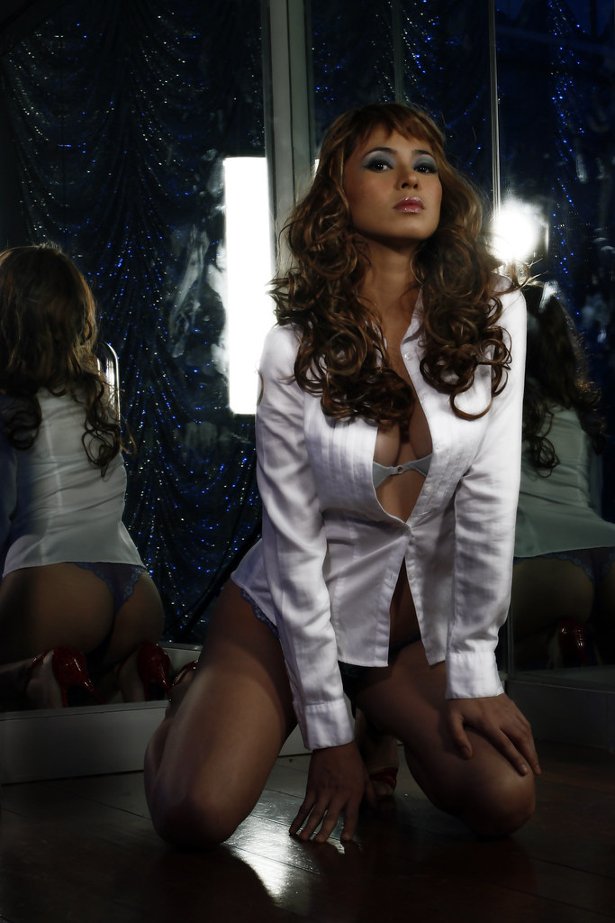Hazel Espinosa Nude Photos