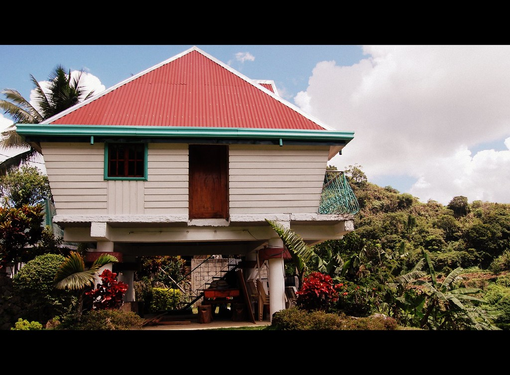 Modern ifugao house kiangan ifugao shubert ciencia for Modern house 52