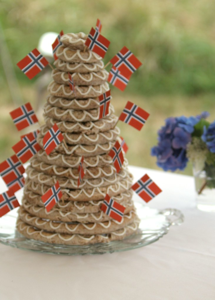 Norwegain Wedding Cake