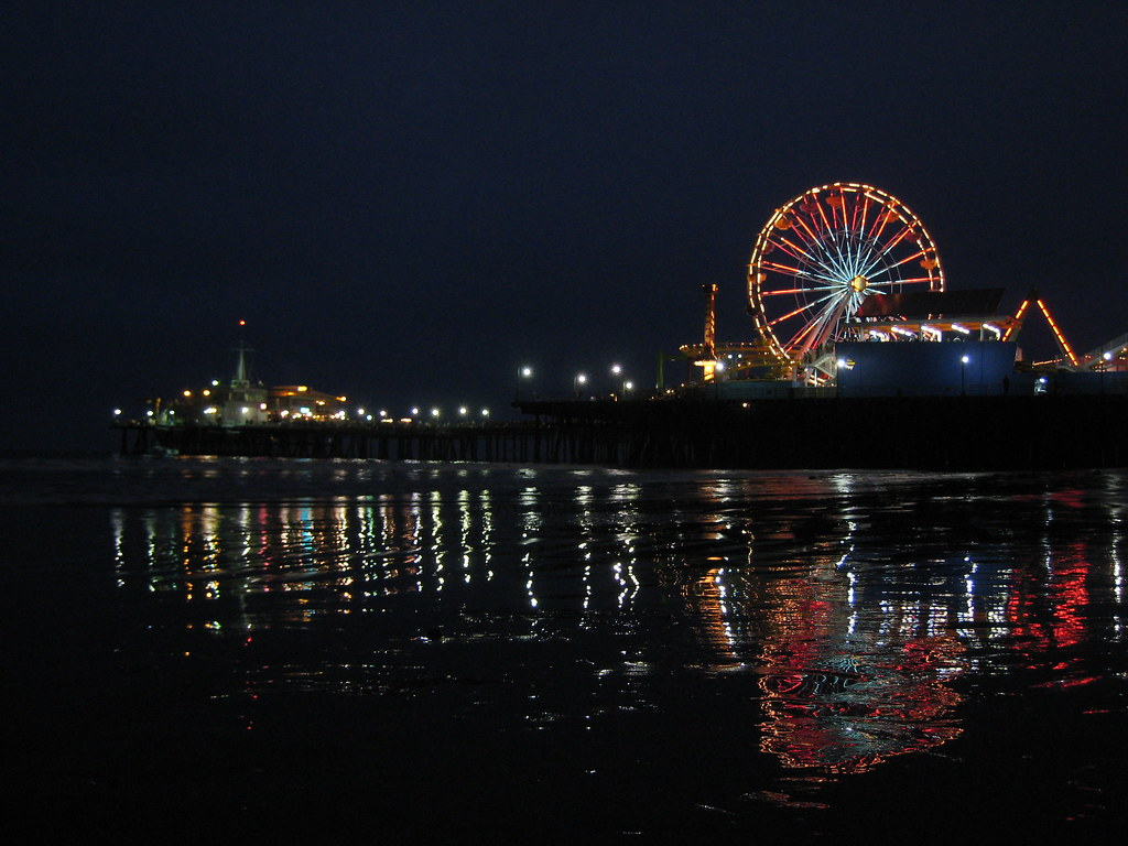Santa Monica Pier At Night My Attempt At Getting A Shot