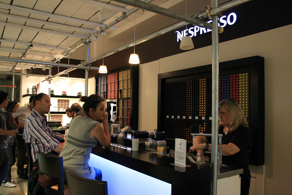 Nespresso Cafe @ Nespresso Cafe, Selfridge, London Yeommy Flickr -> Nespresso London