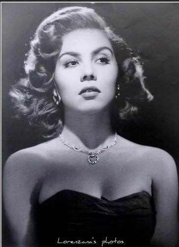 "Lilia Prado | ""belleza mexicana"" | Lorenzana_777 | Flickr"