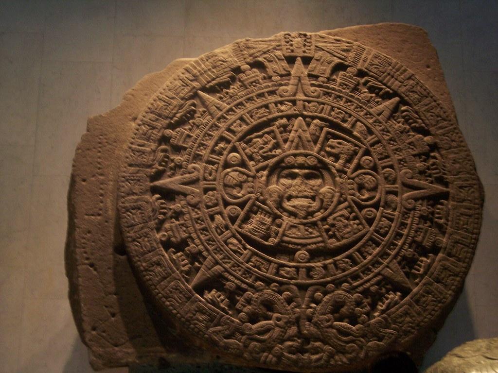 la piedra del sol Piedra del sol: etimología, gemología, caractrísticas e información técnica.