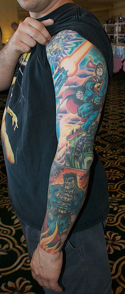 This arm (c) and (tm) DC Comics, a division of Warner Brot ...
