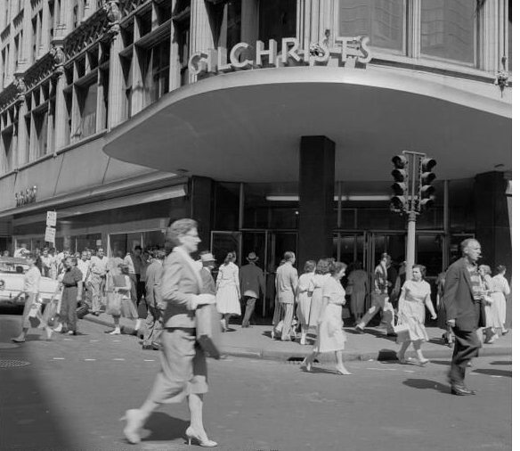 Gilchrist's Of Boston 1950's