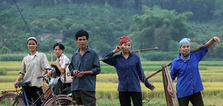 Residents in the northern mountain region of Vietnam | by World Bank Photo Collection