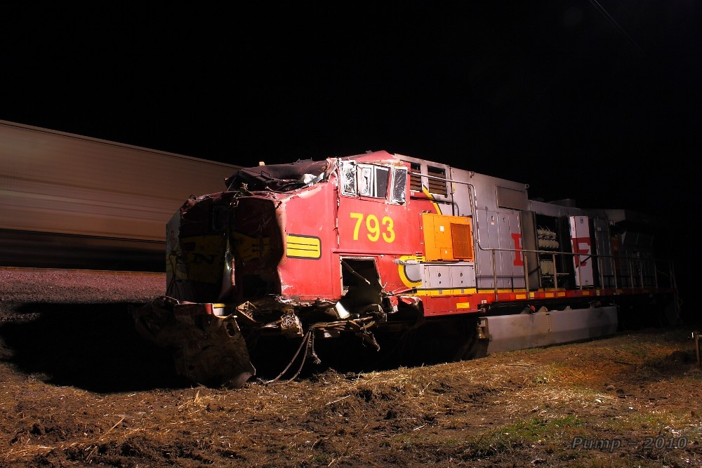 Bnsf Rear End Collision And Derailment At Armour Mo Flickr