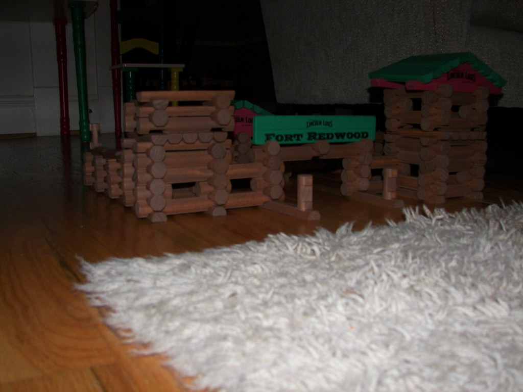 Lincoln Logs Fort Redwood I Set Up Mitchell S Lincoln