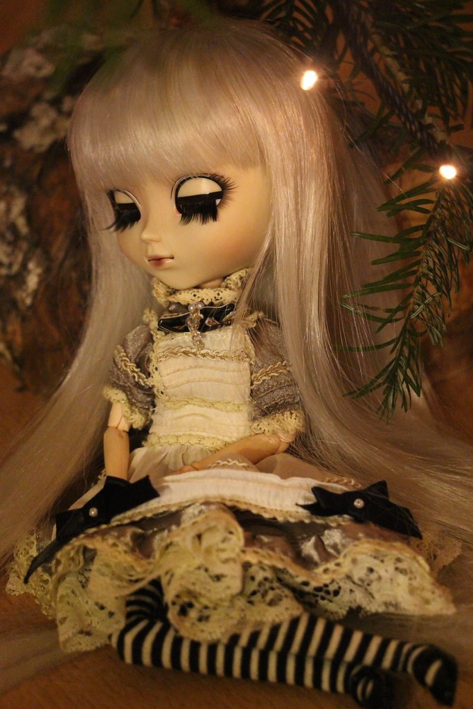Alice, Pullip Classical Alice Sepia ♥ (News Page 3 !) - Page 2 23952110025_0c746d9221_b