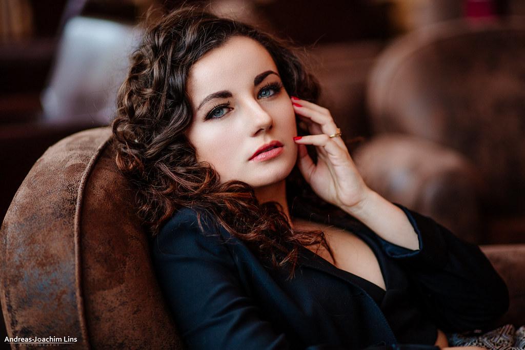 A Kind of Magic   Model: Deborah Draksler // MuA: Jacky ...