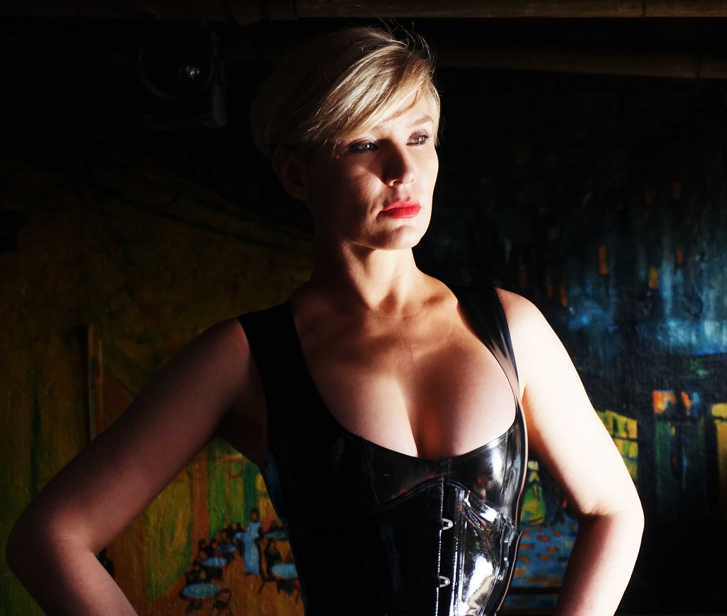 Mistress Baton | A chance meeting with Mistress Baton in