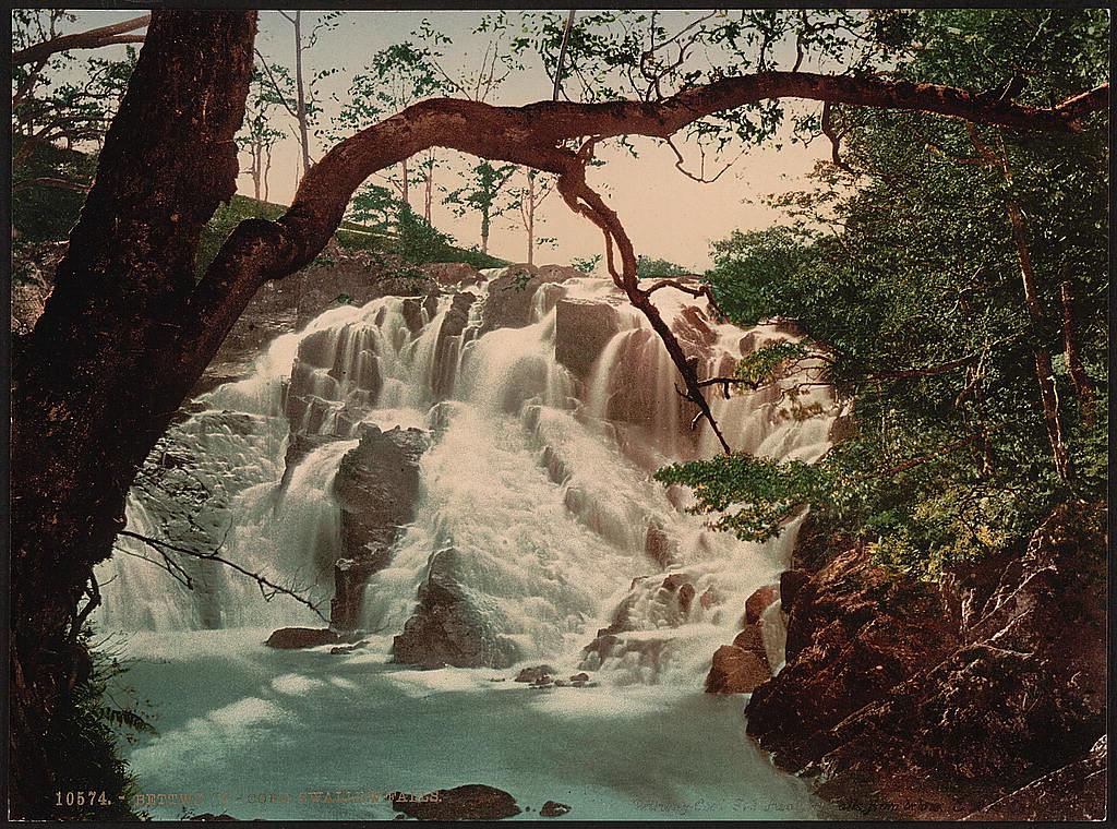 Swallow Falls, Fairy Glen, Bettws-y-Coed