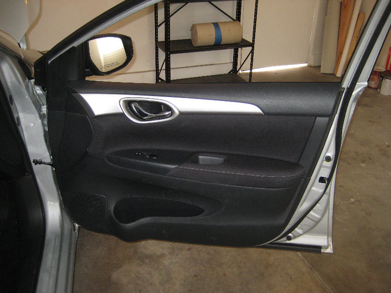 2013 2015 Nissan Sentra Plastic Interior Door Panel Take