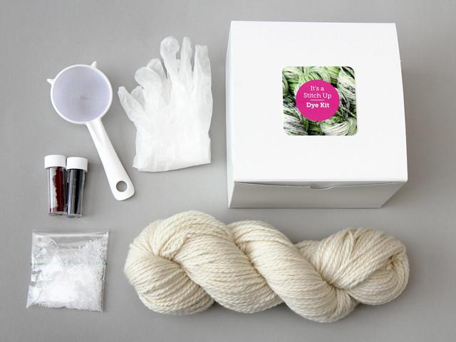 Speckle dyeing kit – premium British wool aran (UK)