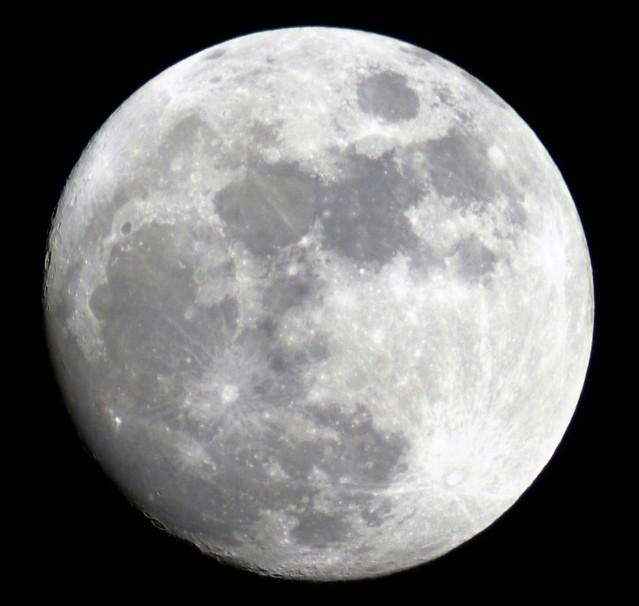 VCSE - Első asztrofotóm: A Hold - Fábián Kálmán