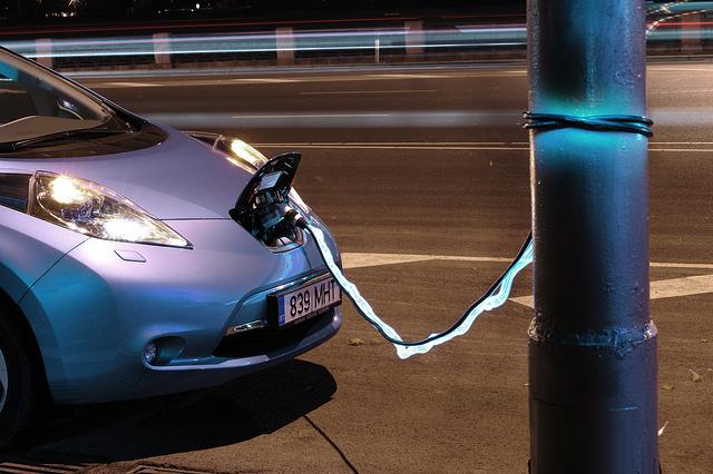 Nissan的電動車Leaf。圖片來源:Janitors(CC BY 2.0)