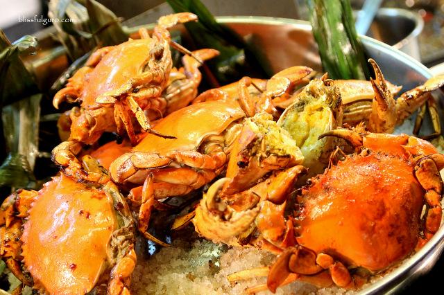 Macau Crabs
