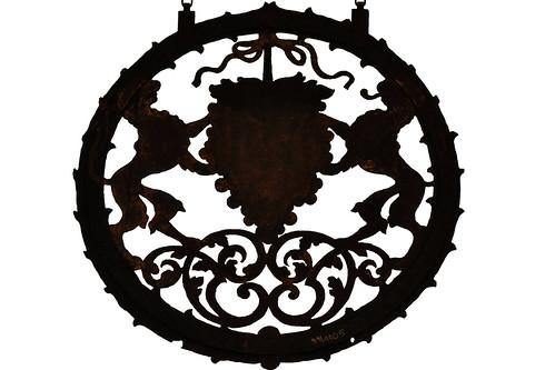 Ellwangen an der Jagst. Nur alle paar Jahre besuchen wir Schloss und Schlossmuseum, sind jedes Mal wieder begeistert. Themenschwerpunkte sind: Räume der ehemaligen Repräsentationssuite, Schlosskapelle, Sammlung eiserner Öfen und Wappenplatten, Krippendarstellungen, Sammlung Schrezheimer Fayence, Sammlung des Malerpoeten Karl Stirner, Puppenstubensammlung, sakrale Kunst Foto Brigitte Stolle April 2016