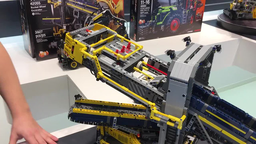 lego technic bucket wheel excavator set 42055 ideal for. Black Bedroom Furniture Sets. Home Design Ideas