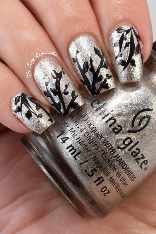 Free hand leaf nail art