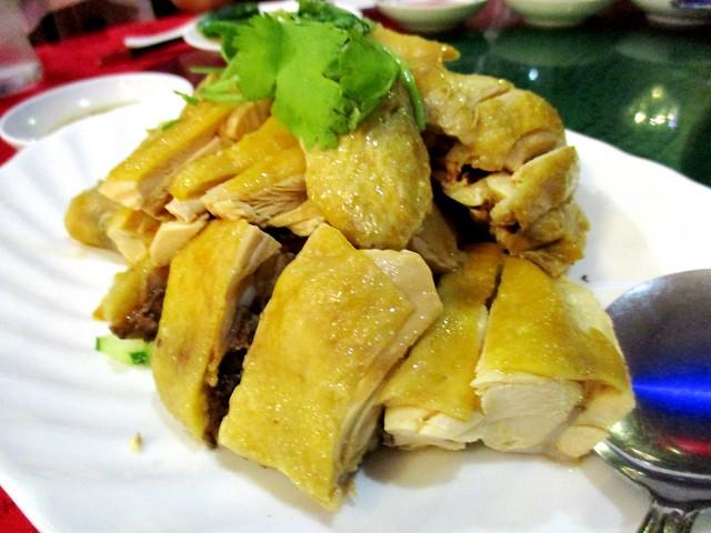 Steamed corn-fed chicken