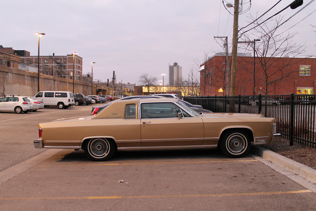 good as gold 1978 39 79 lincoln continental town coupe. Black Bedroom Furniture Sets. Home Design Ideas